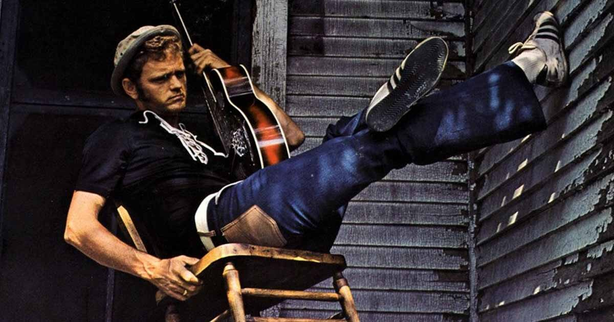"""Remembering """"The Good Ol' Boy"""", Jerry Reed, Through His 6 Greatest Hits"""