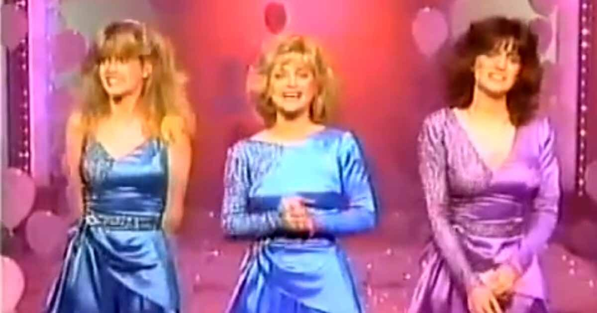 The Mandrell Tres Marias And The Touching Tribute Of Louise To Her Sister Barbara Mandrell