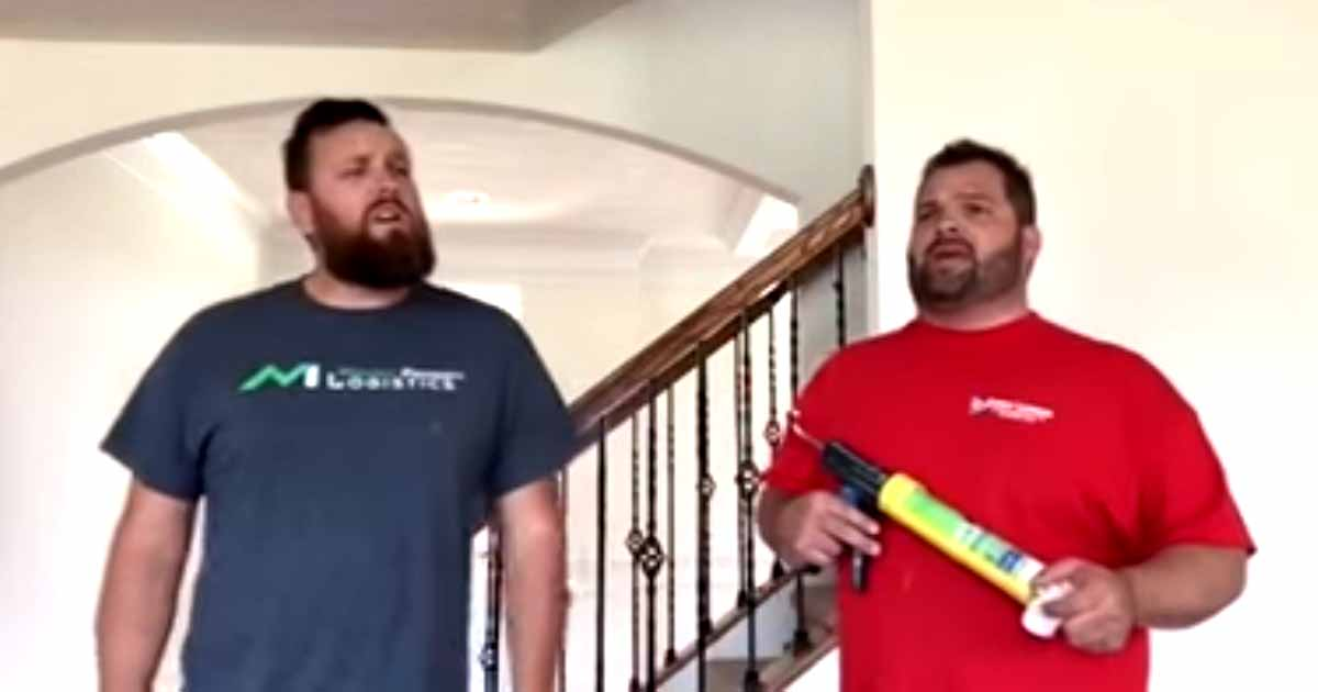 2 Singing Contractors Spread Good Vibes In Their Job Sites