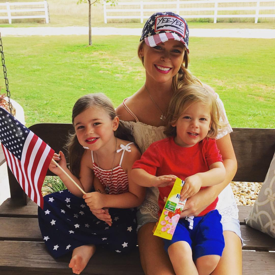 How Granger Smith's Wife, Amber Lifted Her Family's Spirits After Last Year's Mishap 3