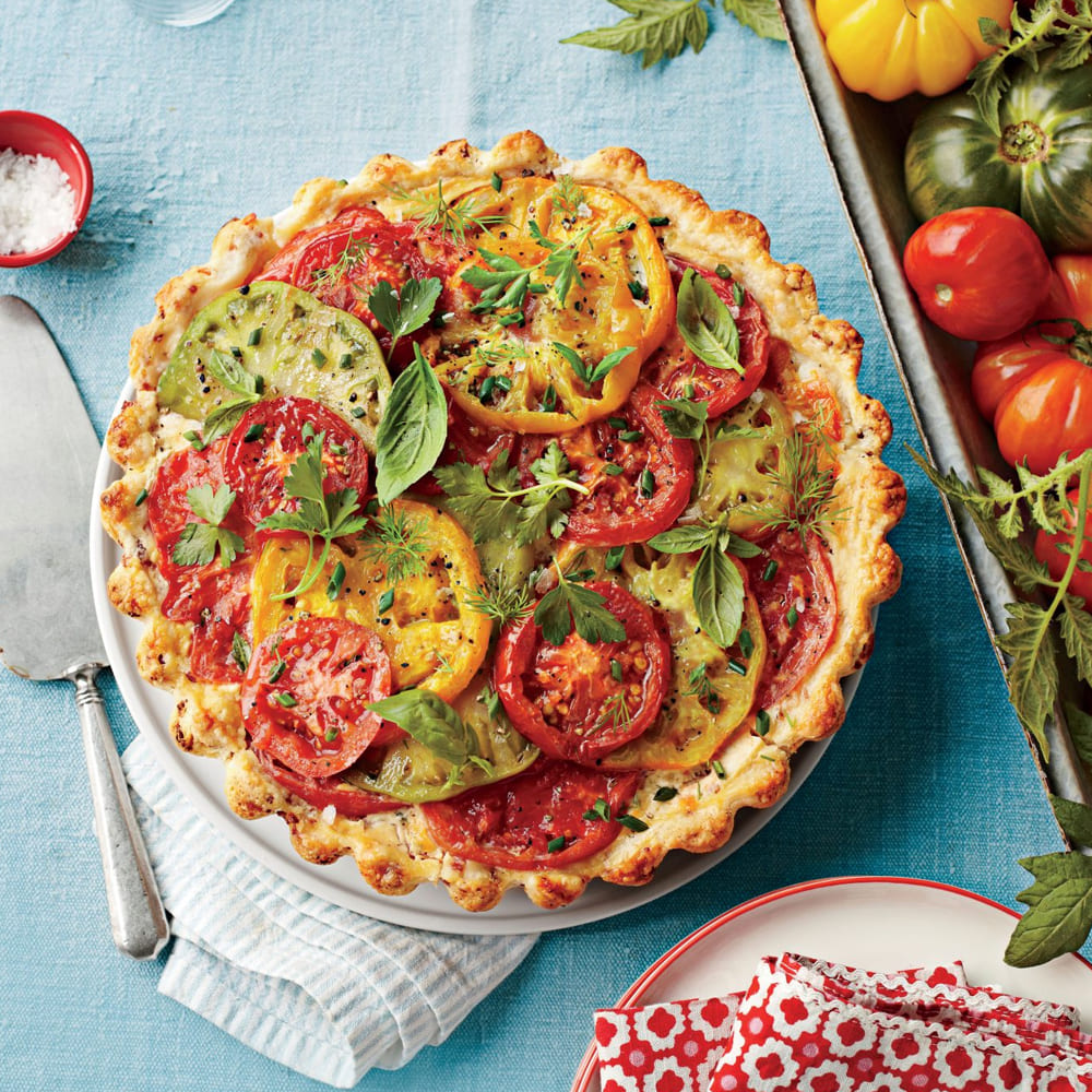 Tomato, Cheddar, and Bacon Pie Southern Recipe