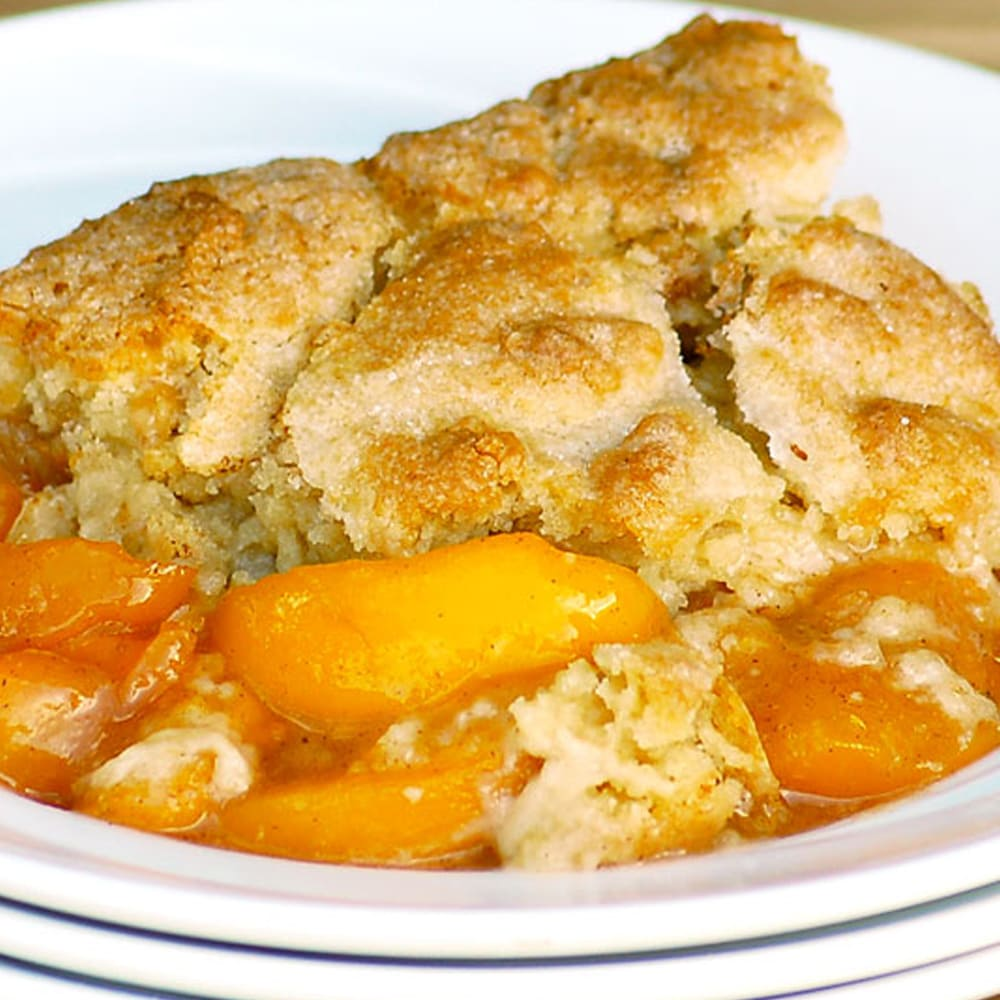 The Best Ever Southern Peach Cobbler Recipe